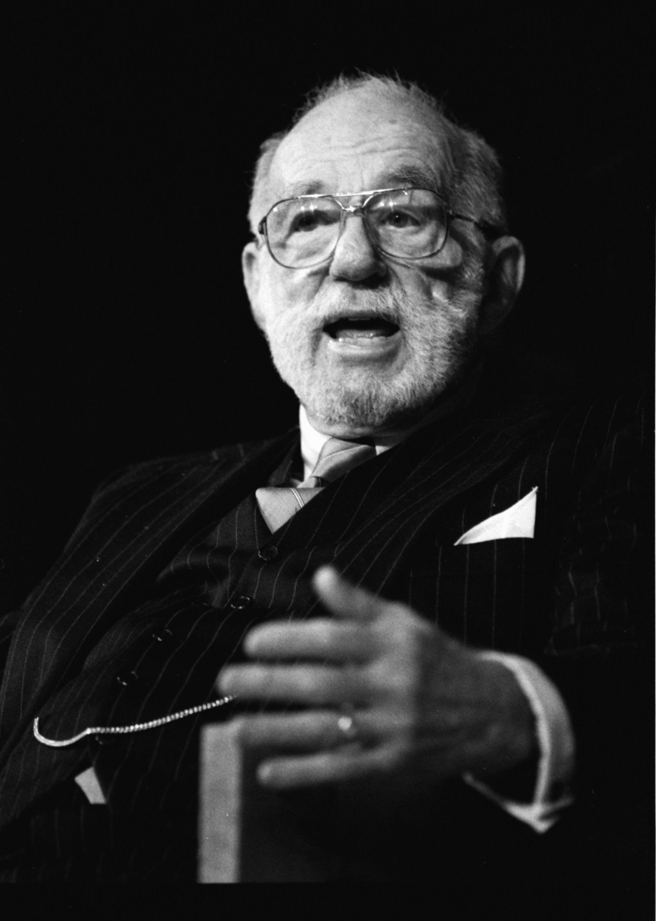 a biography of dr benjamin spock Benjamin mclane spock was born in new haven, connecticut, on 2  bloom,  lynn z doctor spock: biography of a conservative radical.